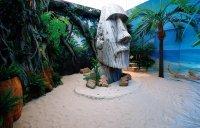 Скульптура с острова Пасхи - 320*150 см